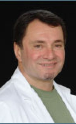 Dr. David  Benvenuti - Plastic Surgeon