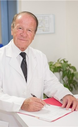 Dr. Robert  Ruper - Ophthalmologist
